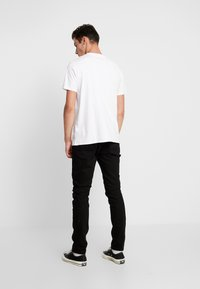 Scotch & Soda - CLASSIC POCKET TEE - T-shirt basic - white - 2
