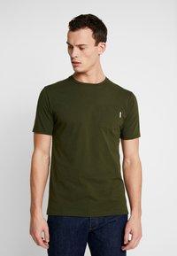 Scotch & Soda - CLASSIC POCKET TEE - T-shirt basic - military green - 0