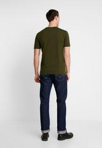 Scotch & Soda - CLASSIC POCKET TEE - T-shirt basic - military green - 2