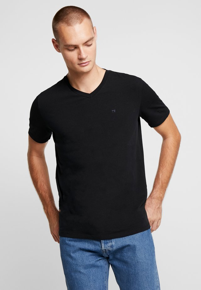 V-NECK TEE - T-paita - black