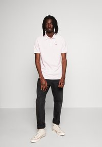 Scotch & Soda - CLASSIC GARMENT DYED  - Polo shirt - faded pink - 1
