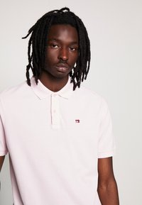 Scotch & Soda - CLASSIC GARMENT DYED  - Polo shirt - faded pink - 4