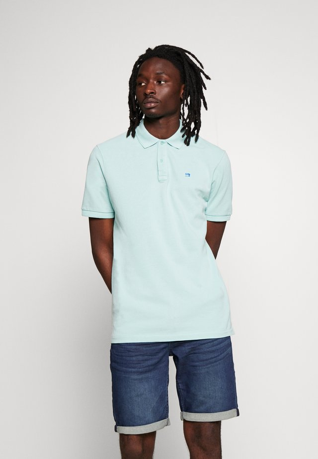 CLASSIC GARMENT DYED  - Polo shirt - pool breeze