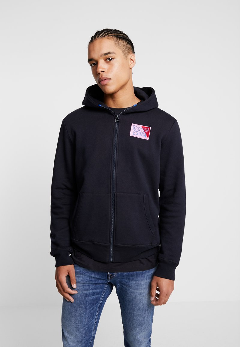 Scotch & Soda - CLASSIC ZIP THROUGH WITH CHEST BADGE - Zip-up hoodie - night