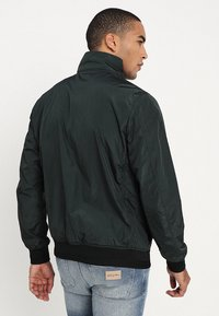 Scotch & Soda - CLASSIC SHORT JACKET QUALITY - Bomber bunda - amalfi green - 2