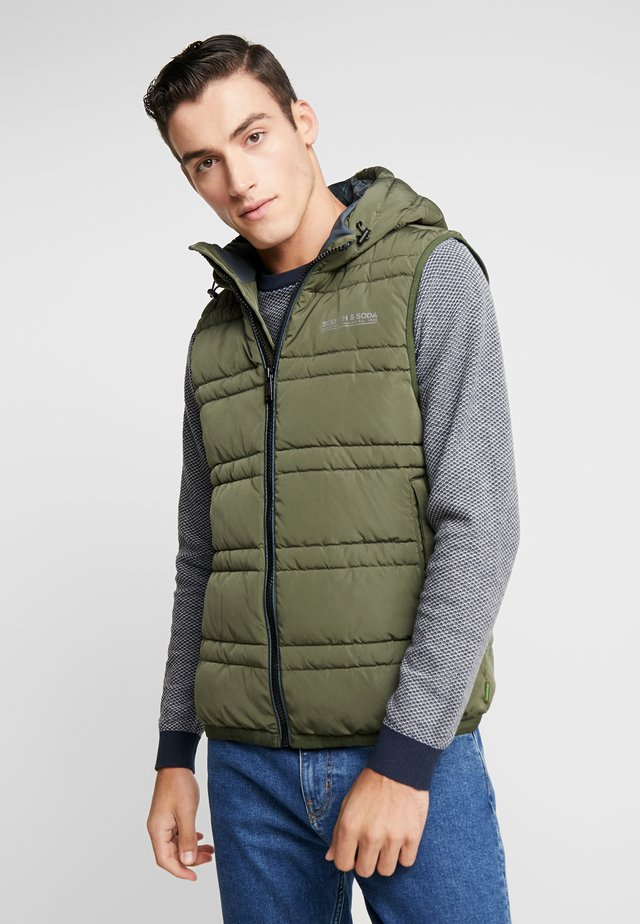 CLASSIC HOODED QUILTED BODYWARMER - Smanicato - army