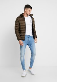 Scotch & Soda - CLASSIC HOODED LIGHT WEIGHT  - Jas - military - 1