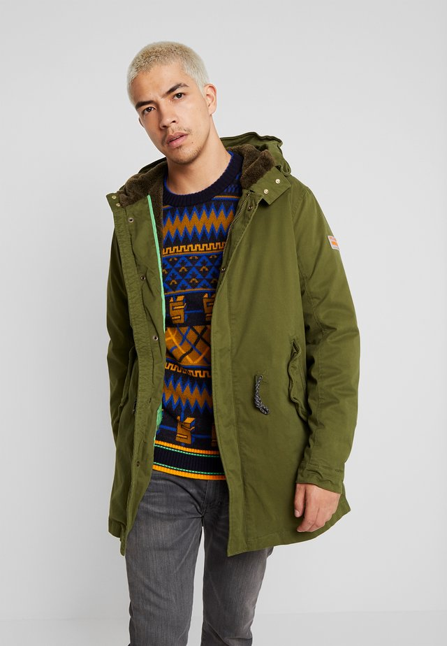 CLASSIC HOODED - Parka - military
