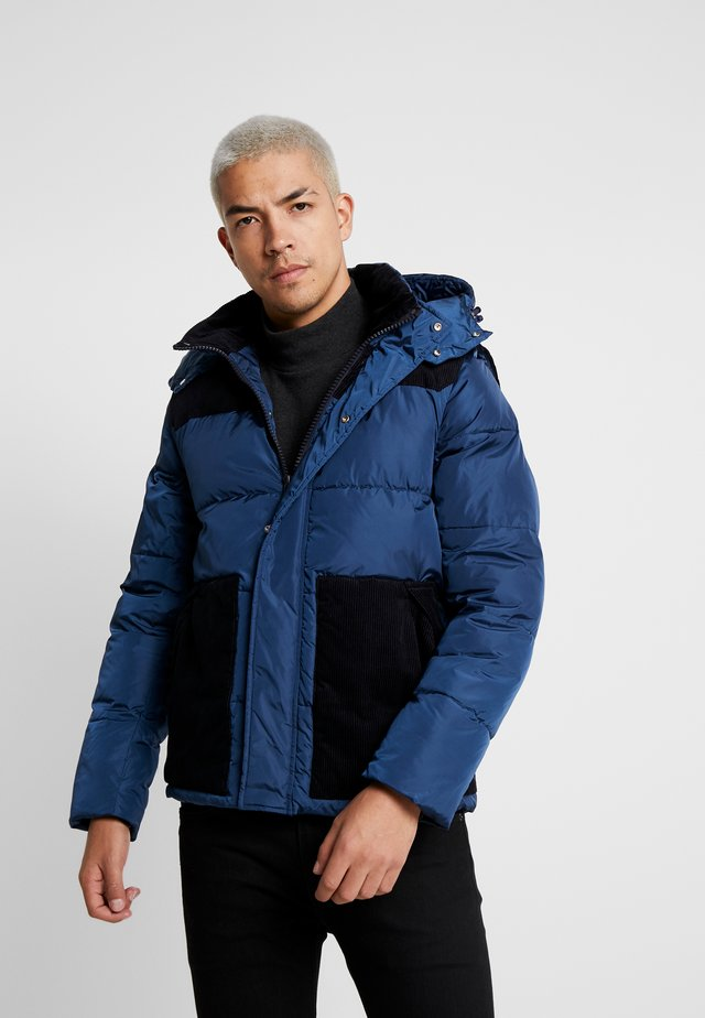 QUILTED JACKET WITH CONTRAST YOKE - Giacca da mezza stagione - worker blue