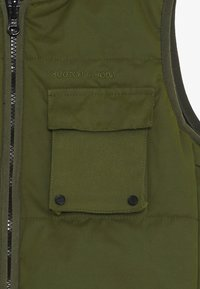Scotch & Soda - LIGHTWEIGHT REVERSIBLE PADDED BODYWARMER - Smanicato - military green - 4