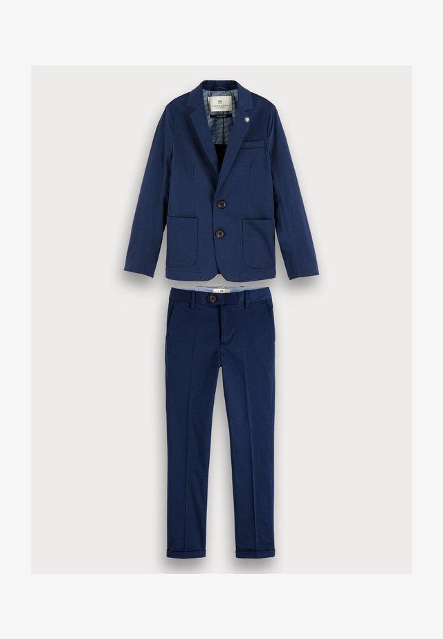 Anzug - blue
