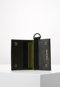 Scotch & Soda - GIFT BOX WITH FOLDED CARD WALLET AND KEY RING - Peněženka - combo - 2