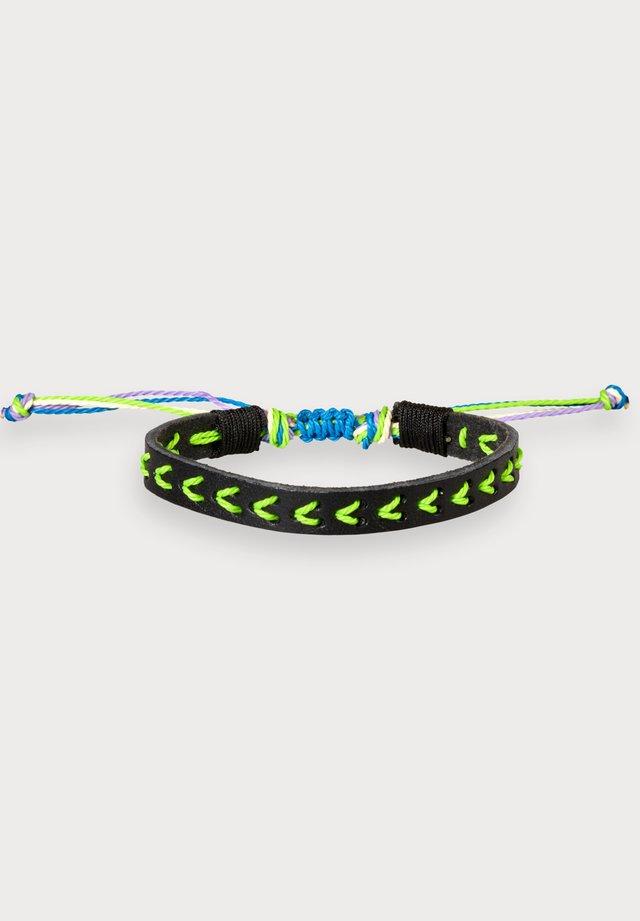 Bracelet - combo j
