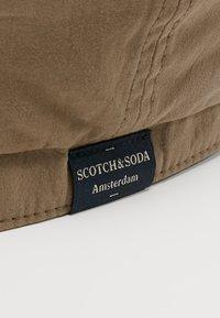 Scotch & Soda - LIGHTWEIGHT FLAT CAP - Klobouk - army - 4