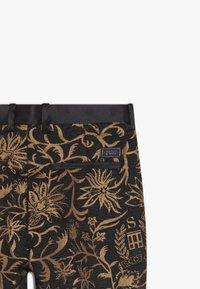 Scotch & Soda - DRESSED PANTS - Kalhoty - black - 3