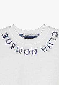Scotch & Soda - CLUB NOMADE SIGNATURE EASY CREWNECK - Sweater - off white - 2