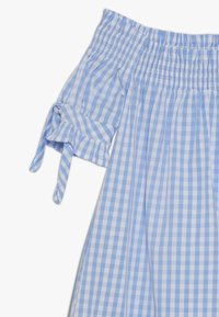Scotch & Soda - OFF SHOULDER CRISPY DRESS WITH SMOCK DETAIL - Korte jurk - blue/white - 3
