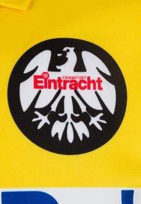 Scoredraw - EINTRACHT FRANKFURT AWAY 1995 - Fanartikel - yellow/blue/white - 2