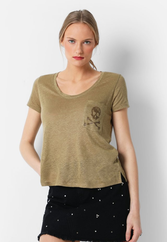 WITH SKULL - T-shirt print - khaki