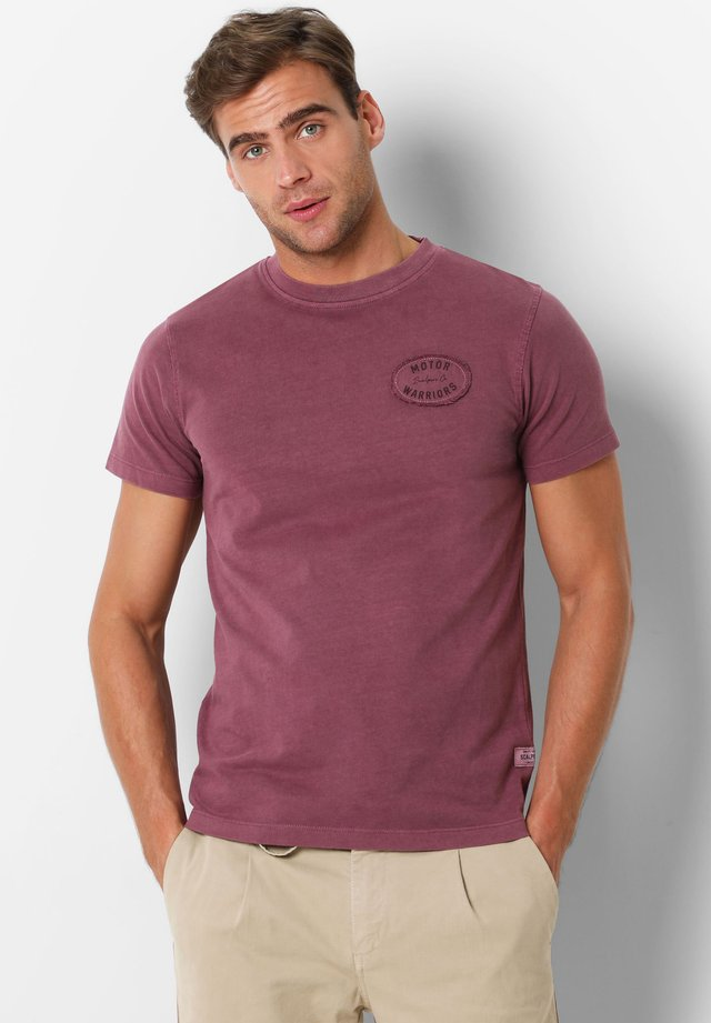 WITH EMBROIDERY ON THE CHEST - T-shirt basique - burgundy