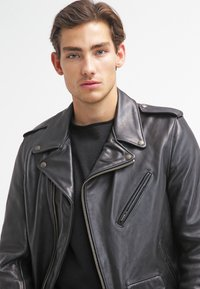 Schott Made in USA - PERFECTO - Veste en cuir - black - 3