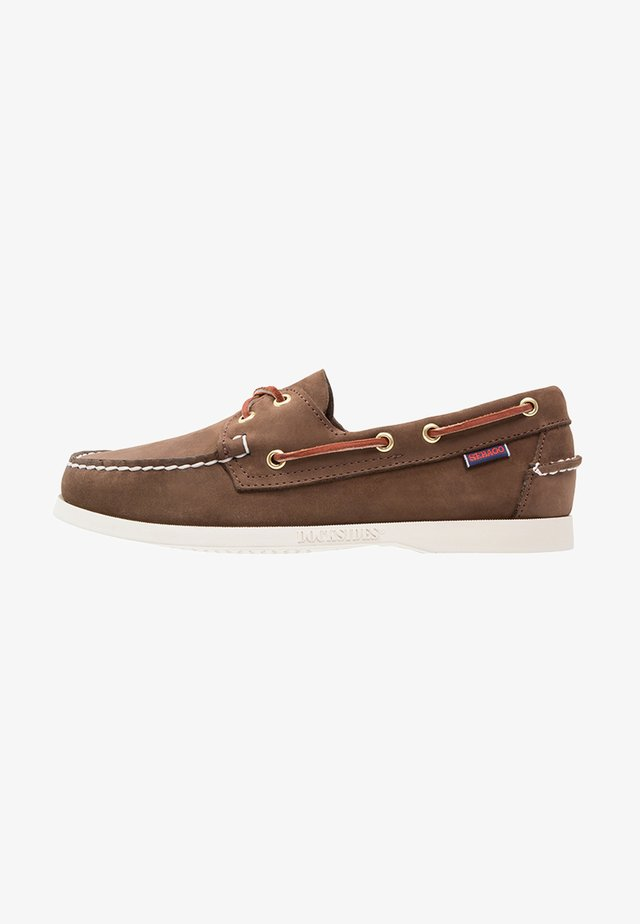 DOCKSIDES - Båtsko - dark brown