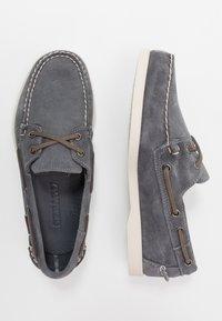Sebago - DOCKSIDES PORTLAND - Chaussures bateau - dark grey - 1