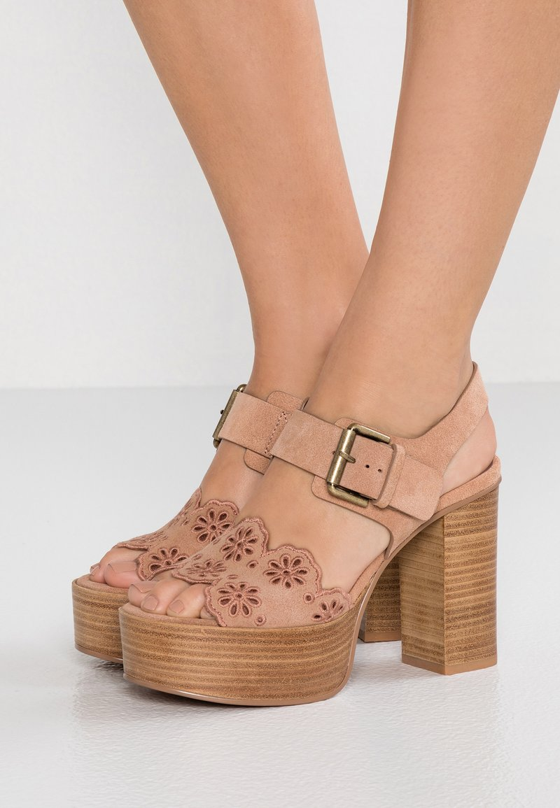 See by Chloé - Korolliset sandaalit - cipria