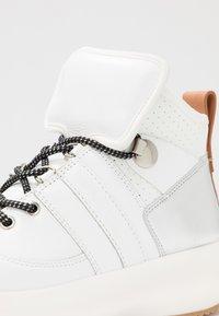 See by Chloé - Sneakersy wysokie - white - 2