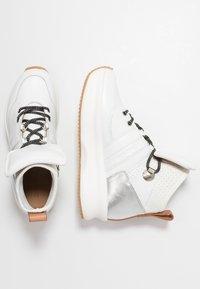 See by Chloé - Sneakersy wysokie - white - 3
