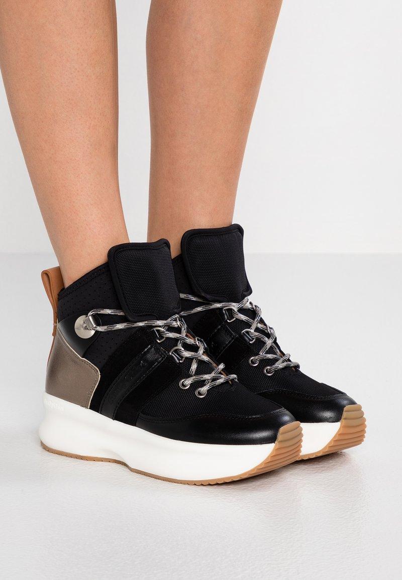 See by Chloé - Sneakersy wysokie - black