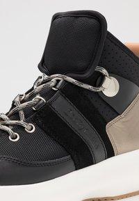 See by Chloé - Sneakersy wysokie - black - 2