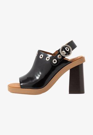 Højhælede sandaletter / Højhælede sandaler - nero