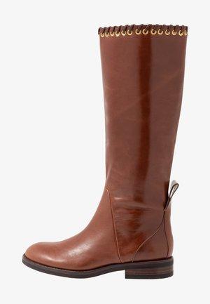 Boots - libano