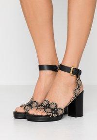 See by Chloé - Korolliset sandaalit - nero/taupe - 0