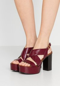 See by Chloé - High heeled sandals - bordeaux - 0