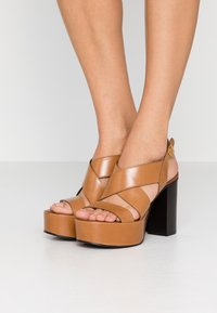 See by Chloé - High heeled sandals - cognac - 0