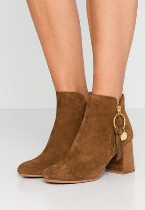 Boots à talons - savana