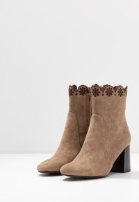 See by Chloé - Bottines - taupe - 4