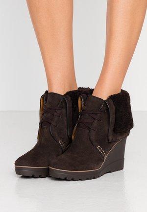 High heeled ankle boots - grafite/testa di moro