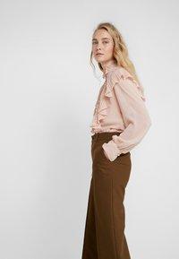 See by Chloé - Spodnie materiałowe - smoked brown - 3