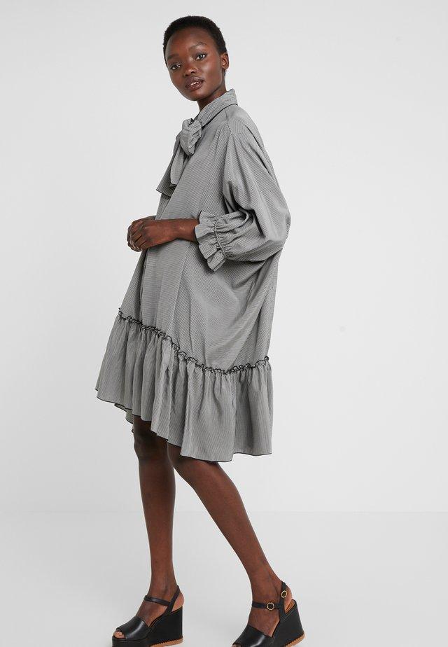 Sukienka koszulowa - black/white