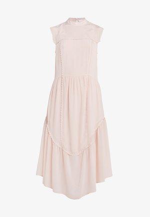 Denní šaty - smoky pink