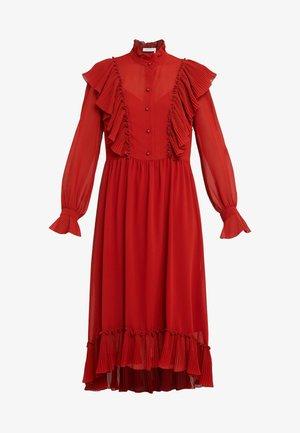 Maxiklänning - earthy red