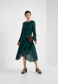 See by Chloé - Korte jurk - lightless green - 1