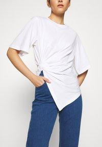 See by Chloé - Camiseta estampada - white - 4