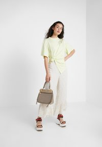 See by Chloé - Triko s potiskem - young green - 1
