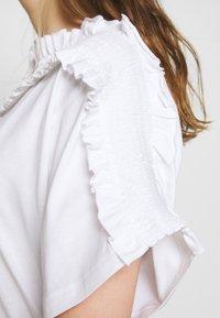 See by Chloé - Print T-shirt - white powder - 5