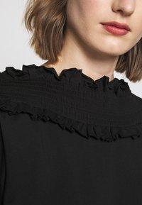 See by Chloé - Print T-shirt - black - 6
