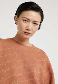 See by Chloé - Sweter - henna brown - 4